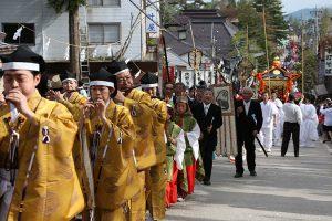 戸隠神社式年大祭の渡御の儀、還御の儀